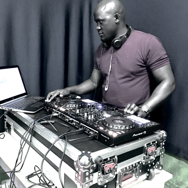 DJ JAQX