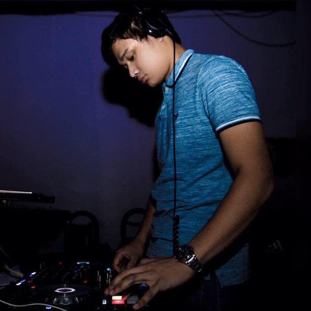 DJ TROY