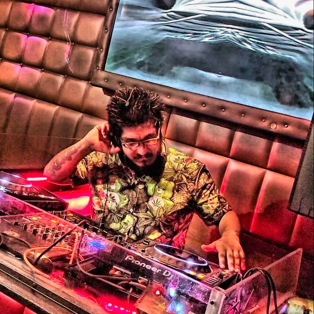 DJ Khronik Kandy